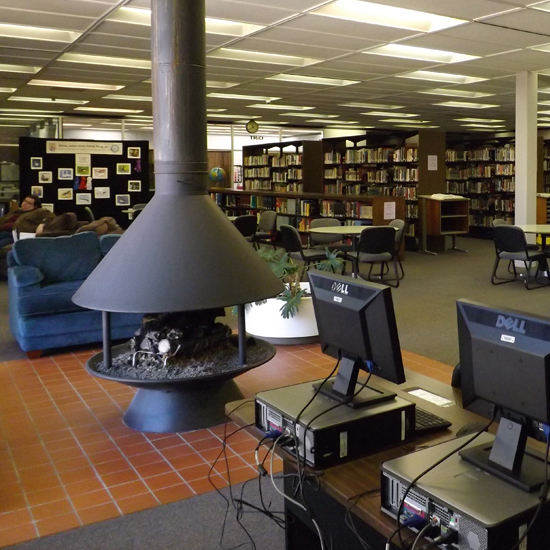 Lincoln Trail College Library