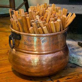 Copper Cauldron Fatwood Holder