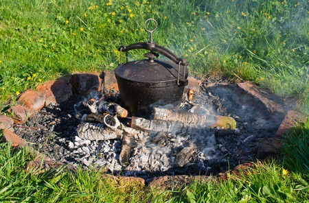 Fire Pit Cooking How to Tips: How to Cook in a Fire Pit with Pots in the Coals