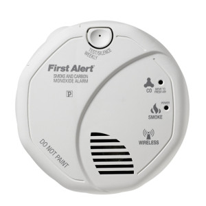 First Alert Carbon Monoxide and Smoke Combo Alarn