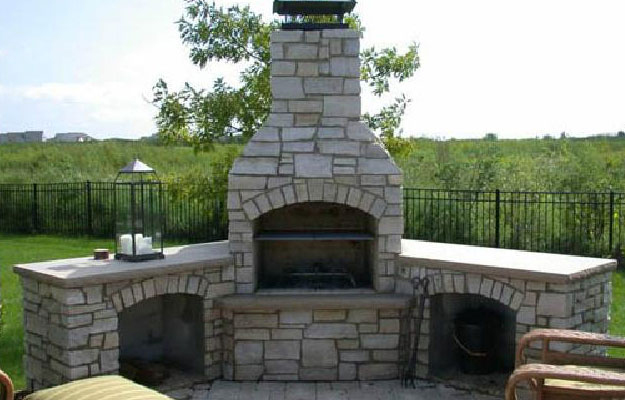 Top-Mount Chimney Cap on Outdoor Chimney