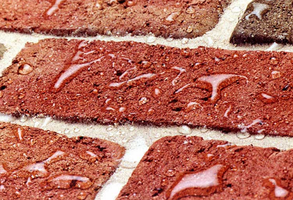 Bricks with Water Repellent to prevent chimney leaks